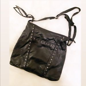 Marc Fisher   Crossbody bag